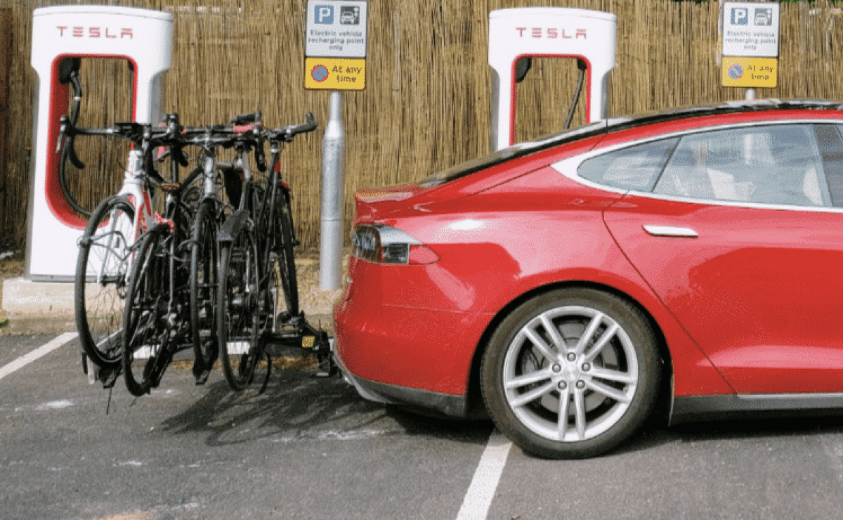 🥇 Top 3 Best Bike Rack for Tesla Model S | 2021 Reviews